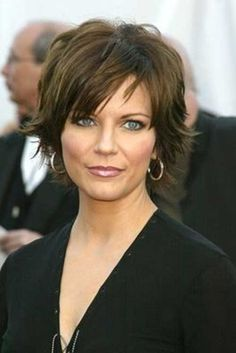 Not sure if her hair is fine but I like it. (Martina McBride)