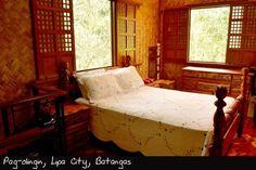 Philippine style bedroom Modern Bedroom Design, Contemporary Bedroom, Bedroom Doors, Bedroom Furniture, Colonial Home Decor, Rest House, Asian Interior, Home Remodeling Diy, Stylish Bedroom