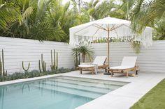Backyard Pool Landscaping, Backyard Pool Designs, Small Backyard Pools, Swimming Pools Backyard, Backyard Ideas, Lap Pools, Indoor Pools, Small Pools, Pool Decks