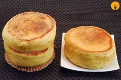 English muffins caseros Lime Recipes, Sweet Recipes, English Muffin Recipes, English Muffins, Ramadan, Mini Cinnamon Rolls, Cooking For Dummies, Pan Bread, Recipe From Scratch