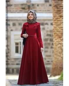 Miray Elbise - Bordo Simple Hijab, Muslim Dress, Hijab Dress Party, Hijab Outfit, Girl Hijab, Islamic Fashion, Muslim Fashion, Abaya Fashion, Fashion Outfits
