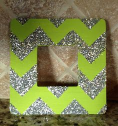 Royal blue and gold Craft Gifts, Diy Gifts, Homemade Picture Frames, Diy And Crafts, Arts And Crafts, Cheer Gifts, Glitter Photo, Diy Frame, Stars