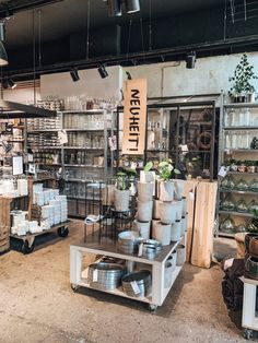 Berlin shops to fall in love – hellopippa – Berlin tipps – Berlin shops to fall in Berlin Shopping, Berlin Travel, Shopping Travel, Berlin Tips, Holiday Store, Built In Furniture, Dream House Exterior, House Exteriors, Berlin Germany