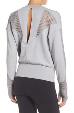 Main Image - Alo Formation Pullover - Women's style: Patterns of sustainability Sporty Outfits, Sporty Style, Fashion Outfits, Sporty Chic, Sport Fashion, Fitness Fashion, Womens Fashion, Mod Fashion, Fashion Details