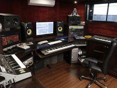 Audio Studio, Music Studio Room, Studio Desk, Sound Studio, Studio Living, Studio Setup, Serato Dj, Future Music, Recording Studio Design