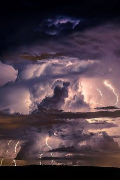 Supercell Thunderstorm ● Rose Brown ‿⭐️⁀☆҉✯ Collection● With Severe Cloud to Ground Lightning All Nature, Science And Nature, Amazing Nature, Supercell Thunderstorm, Thunderstorms, Tornadoes, Nature Pictures, Cool Pictures, Beautiful Pictures