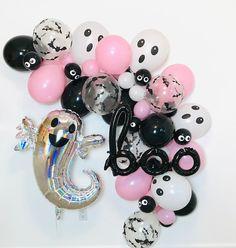 Halloween Balloons, Halloween Garland, Pink Halloween, Halloween Party Decor, Halloween Kids, Balloon Garland, The Balloon, Balloon Pump, Girly Gifts