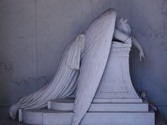 Metairie Cemetery, New Orleans. I used to live in Metairie. New Orleans has many beautiful old cemeteries. Cemetery Angels, Cemetery Statues, Cemetery Art, Angel Statues, Cemetery Monuments, New Orleans Cemeteries, Old Cemeteries, Graveyards, Weeping Angels