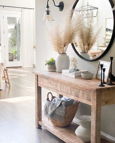 My Living Room, Home And Living, Living Room Decor, Decoration Entree, Interior Decorating, Interior Design, Entryway Decor, Coastal Entryway, Living Room Inspiration