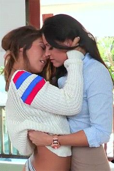 Despite the age gap, Poppy was becoming obsessed with Vanessa who lived opposite her parents. She couldn't wait to come home from college and find excuses to visit when her husband was out at work. Lesbian Hot, Cute Lesbian Couples, I Kissed A Girl, Lesbians Kissing, Sweet Kisses, Hot Selfies, Sexy Gif, Girl Gifs, Girls In Love