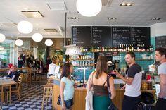 Fantastisk fika i hög kvalitet på H10 Bar & Café på Gotland. Sweden, Bar