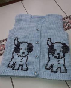 This is my ice blue tunisian vest . Crochet Bebe, Knit Vest, Baby Booties, Instagram, Sweaters, Blog, String Bag, Mavis, Wedding Centerpieces