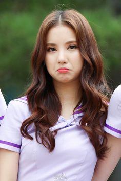 #eunha #gfriend #cute #jungeunbi Asian Woman, Asian Girl, Girl Facial, Vaquera Sexy, Amy, Hot Japanese Girls, Most Beautiful Faces, Korean Celebrities, G Friend