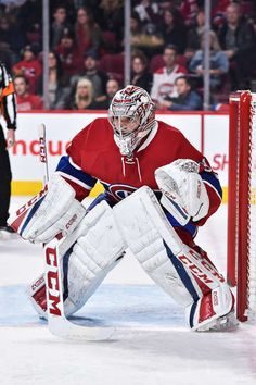 MONTREAL, QC - DECEMBER 10: Carey Price #31 of the Montreal Canadiens protects his net during the NHL game against the Colorado Avalanche at the Bell Centre on December 10, 2016 in Montreal, Quebec, Canada. The Montreal Canadiens defeated the Colorado Avalanche 10-1. (Photo by Minas Panagiotakis/Getty Images)