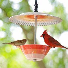 Mangeoire à oiseau en vaisselle assiette et coupelle par Erin's Creative Energy