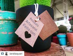 #Repost @iarataquari with @repostapp.  Muito amor mesmo!!  ..... #cactus #cactuslovers #plants #crochet #crocheting #crochetlove #crochetmood #handmade #crochetaddict #amigurumi #madewhitlove #feitoamao #feitocomamor #artesanal #design #decor #decoracao #interiordesign #maedemenina #meninas #craft #comprodequemfaz #instacrochet #amocrochet #amocactos #afeira #afeiradacidade #economiacriativa by jasmimatelie