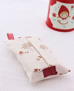 Fabric + Ribbon = Tissue Cover - A Spoonful of Sugar