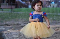 tutu. snow white halloween costume in adult size?