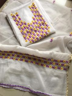 Embroidery On Kurtis, Kurti Embroidery Design, Hand Embroidery Stitches, Kurta Patterns, Kurti Neck Designs, Necklines For Dresses, Saree Dress, New Dress, Applique