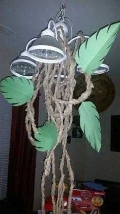 DIY Jungle birthday decor / vines. Brown lunch bags