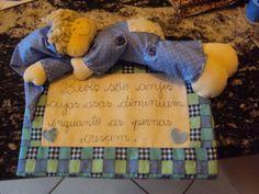 Panô porta de maternidade personalizado. www.saldaterrapatchwork.blogspot.com facebook: Renata Deichsel