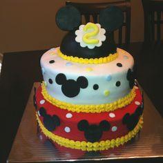 Mickey mouse inspired. Happy birthday Devin! Thesweetspotbyjackie.com
