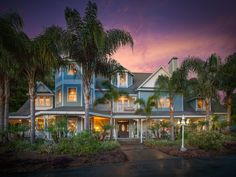 HERON CAY Lakeview. Mount Dora FL Bed and Breakfast in Mount Dora Florida. Wonderful holiday shopping