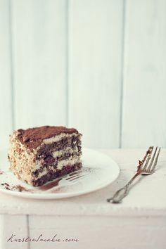 Tort makowy z kawą