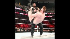 Sheamus vs. Roman Reigns - Lucha TLC por el Campeonato Mundial de Peso Completo WWE: fotos | WWE.com