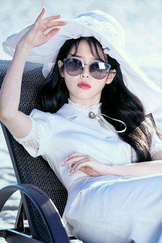 Korean Actresses, Korean Actors, Actors & Actresses, Kpop Girl Groups, Kpop Girls, Korean Celebrities, Celebs, Luna Fashion, Looks Chic
