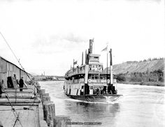 Whitehorse riverboat