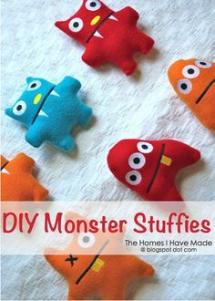 DIY monster stuffies for Adopt a Monster party favor Softies, Plushies, Adopt A Monster, Monster Dolls, Monster High, Monster Crafts, Craft Projects, Sewing Projects, Monster Birthday Parties