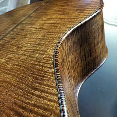 "Nice ""violin"" edge detail"