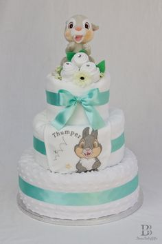 Disney Thumper Nappy Diaper Cake- OMG I love this! Baby Shower Gift Bags, Baby Gift Hampers, Baby Shower Diapers, Baby Shower Cakes, Disney Diaper Cake, Pamper Cake, Diaper Crafts, Shower Bebe, Nappy Cakes