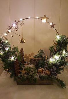 Rustic Christmas, Christmas Projects, Christmas Home, Christmas Holidays, Christmas Flowers, Christmas Wreaths, Art Floral Noel, Deco Noel Nature, Christmas Floral Arrangements