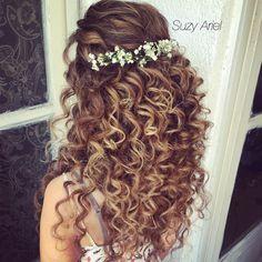 Susie Ariel Makeup & Hair Design … - All For Bridal Hair Bride Hairstyles, Down Hairstyles, Wedding Hair And Makeup, Hair Makeup, Hair Wedding, Wedding Bride, Curly Bridal Hair, Wedding Hairstyles For Curly Hair, Braut Make-up
