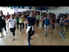 SOLO TU MERENGUE URBANO ZUMBA ZIN 70 - YouTube