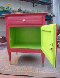 Mesita reciclada con color <3