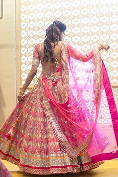 Gota patti makes an outfit heavy. Gotta patti worked lehenga & gotta patti suits looks amazing. Fuschia pink bridal lehenga with intricate gota Patti work. Also, adding beauty to the attire is the Gota Patti blouses teamed with the lehenga skirts. Indian Bridal Lehenga, Indian Bridal Outfits, Indian Bridal Fashion, Indian Bridal Wear, Indian Dresses, Pink Bridal Lehenga, Lehenga Wedding, Eid Dresses, Pakistani Bridal