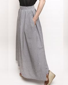 Parisian skirt in summer long version - Louis Antoinette Paris - Blouse - Jupe Coin Couture, Couture Sewing, Sewing Clothes, Diy Clothes, Diy Lace Trim, Parisian Summer, Midi Dress With Sleeves, Diy Dress, Diy Fashion
