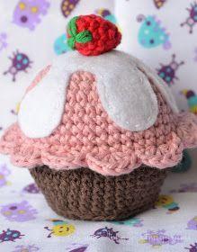Un dulce regalo para todos!!!! Un cupcake!!!! ...y con hartos detalles. como me gustan los patrones a mi :) Base Con color caf...