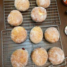 Bread Machine Donut Recipe, Easy Bread Machine Recipes, Best Bread Machine, Bread Maker Recipes, Donut Recipes, Dessert Recipes, Desserts, Robot Boulanger, Raised Donuts