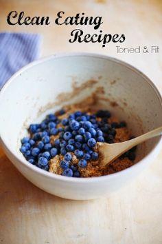 Tonedandfit blog, has amaizing healthy recipes for clean eating.  Amanda Miarecki