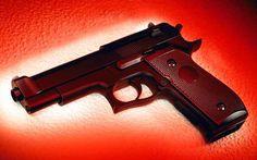 Ο δίχρονος γιος πυροβόλησε και σκότωσε τη μητέρα του