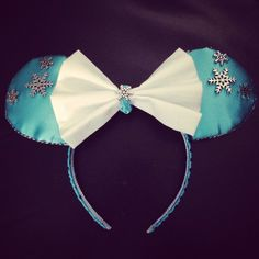 Diy Minnie Mouse frozen ears