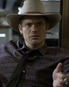 Timothy Olyphant / Raylan Givens / Justified