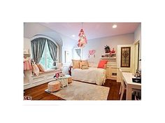 Free to be girlie. #pink #decor #bedrooms a perfect bedroom for my daughter Aubrey. She is a true girly girl and loves all her things neat as a pin. she wouldn't ever leave her room!
