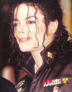 Photo of PEPSI for fans of Michael Jackson 24612470 Michael Jackson 1991, Photos Of Michael Jackson, King Of My Heart, King Of Hearts, Pepsi, Mj Dangerous, Ferrat, Jennifer Love Hewitt, Love And Respect