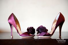 Great big flowers on the shoes