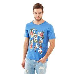 T-Shirt Summertime    Das ideale T-Shirt für einen selbstbewussten Style: Klassiker setzen sich für die kommende Saison neu in Szene. Das T-Shirt mit Logo hat eine stylishe Blumengrafik.    100% Baumwolle.  Maschinenwäsche bei 30°.  Längen Größe M:  Gesamtlänge ca. 72 cm.  Schultern ca. 43 cm....